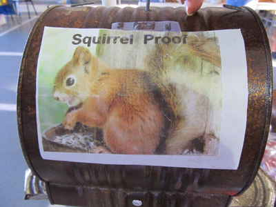 Squirrel-prooffeeder